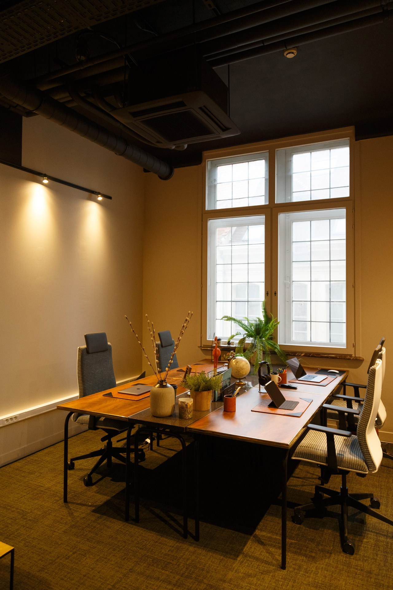 Now-Coworking-Lille-photo-David-Morganti-Cabyne-bureau